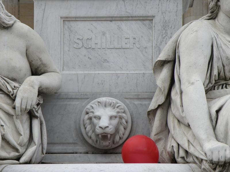 urbantraveltales,Berlin,Schiller's statue by Reihold Begas