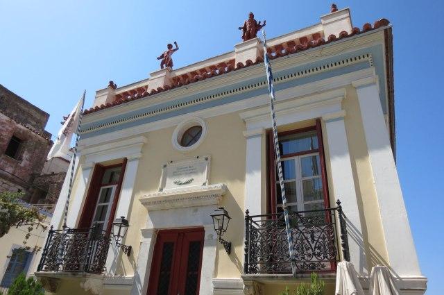urbantraveltales, Cyclades, Ioulida, Chora, Town Hall, Kea