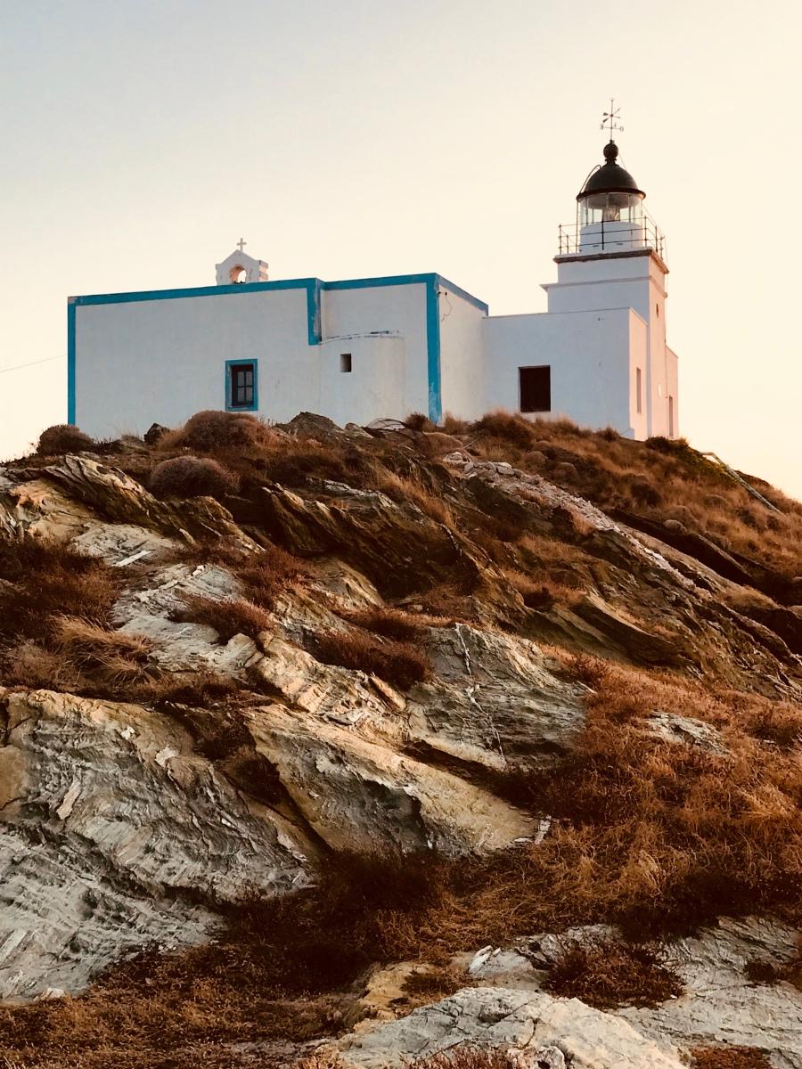 The Lighthouse, Kea, Tzia, urban travel tales